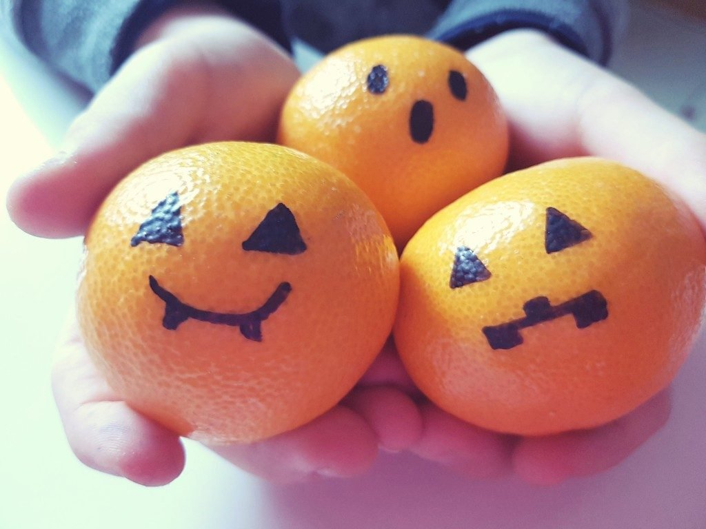 5 Kinderleichte Last Minute Ideen Fur Halloween Simplylovelychaos