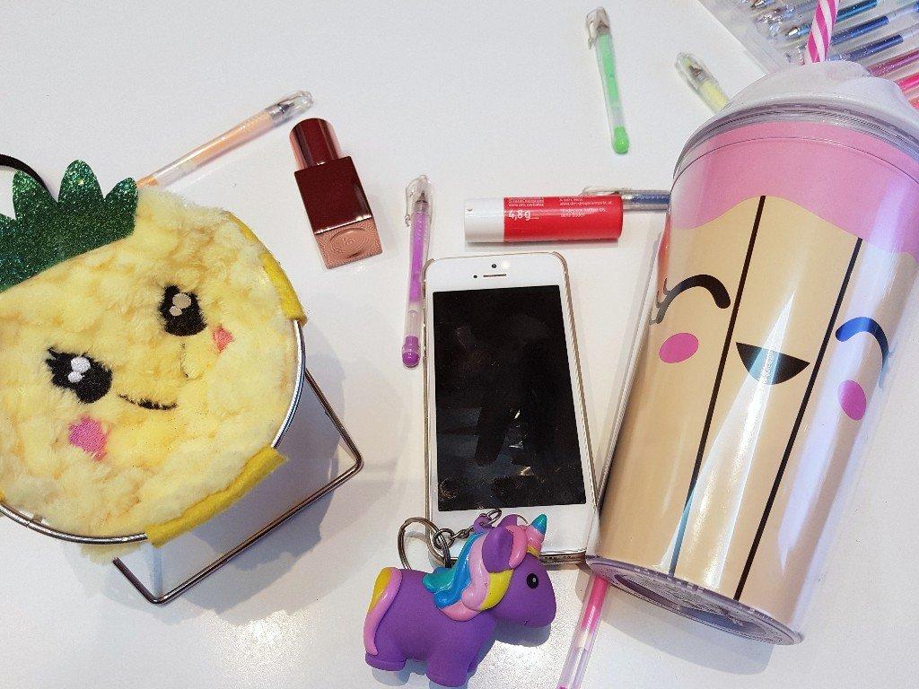 Anzeige: 15 Geschenkideen für Teenie-Mädchen - SIMPLYLOVELYCHAOS