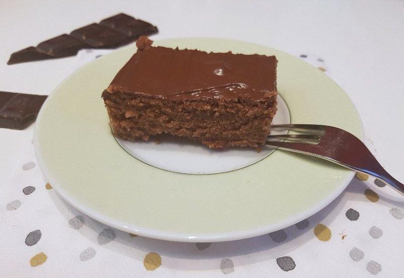 schokoladen blechkuchen mit schokoguss aus mit dem thermomix simplylovelychaos. Black Bedroom Furniture Sets. Home Design Ideas