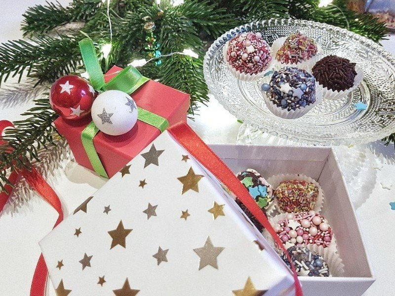 Thermomix Geschenke Weihnachten.Pralinen Mit Kindern Herstellen Geschenkidee Simplylovelychaos