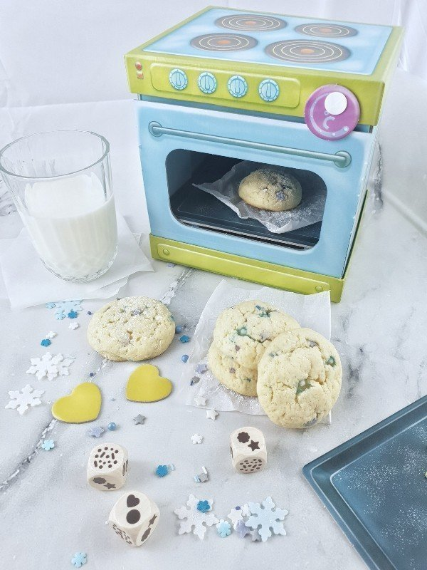 rezept f r leckere schneeflocken kekse cookies spielen und backen simplylovelychaos. Black Bedroom Furniture Sets. Home Design Ideas