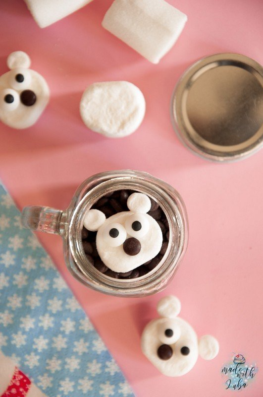 Niedliche Marshmallow-Eisbärchen – Kleine Geschenkidee